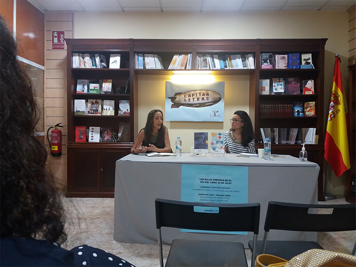 Sala de presentaciones Librería Capitán Letras